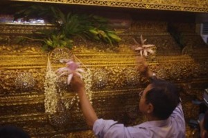 Devotion at the Golden Buddha