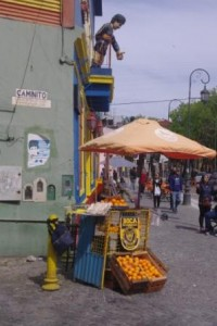 La Bocca: Oranges on Caminito.