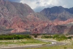Road to Cafayate fertile valley